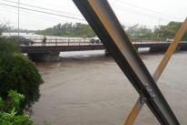 Rio Ibirapuitã supera cota de inundação e preocupa população de Alegrete