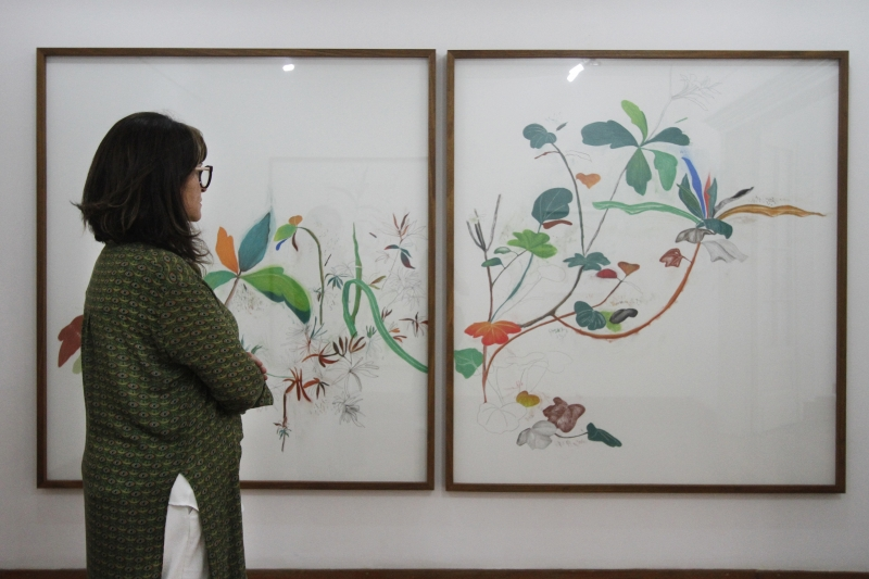 Colecionadores fazem girar o comércio de obras de artistas plásticos