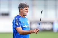 Grêmio e Inter mantêm treinos mesmo sem nova previsão de volta do Gauchão