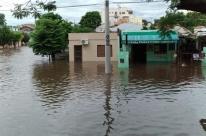 Cheias causam duas mortes e tiram quase 5 mil pessoas das casas no Rio Grande do Sul