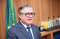 Vélez garante que universidades públicas não serão privatizadas