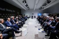 Em reunião, Bolsonaro promete apresentar Previdência quando Congresso se reunir