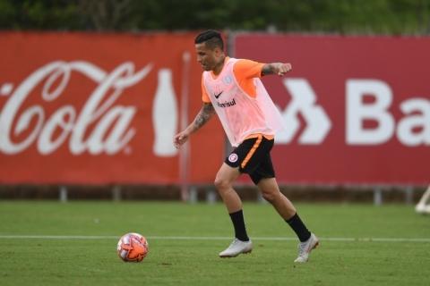 Sem Zeca em mais um treino do Inter, Bruno pode estrear contra o Pelotas