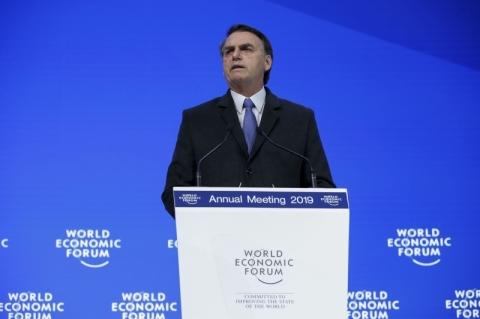 Bolsonaro defende maior abertura comercial e quer reforma da OMC
