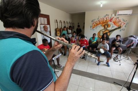 Centro Social leva arte e cultura a crianças e adolescentes em Porto Alegre