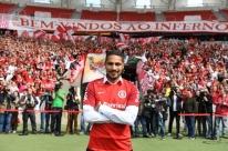 Inter recebe aval para escalar Guerrero a partir de 5 de abril