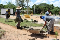 Prefeitura instala academia no  Loteamento Recanto Jardins