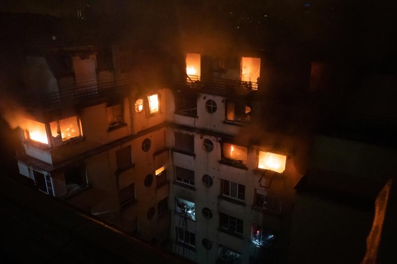 As autoridades suspeitam que o incêndio tenha sido um ato criminoso