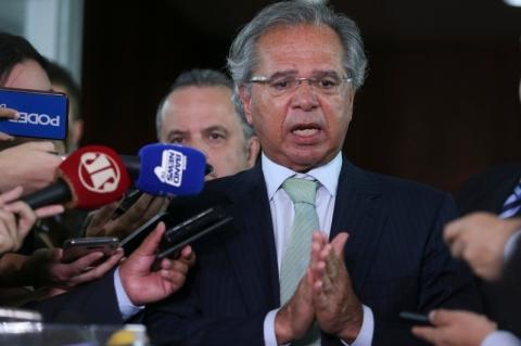 Paulo Guedes defende privatizações e diz que a velha política morreu