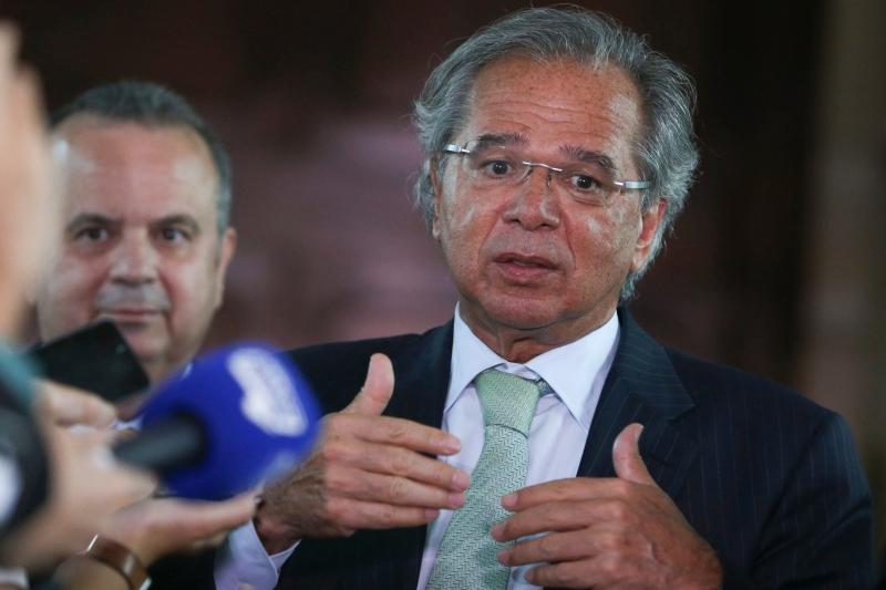 Ministro da Economia defende abertura política e econômica para alcançar crescimento