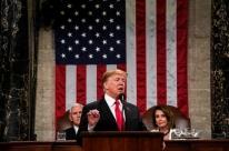 'Juntos, podemos romper décadas de embate político', diz Trump no discurso anual