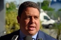 Fala de Eduardo sobre AI-5 é 'afronta à Constituição', diz presidente da OAB
