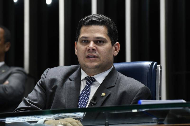 Davi Alcolumbre negou que o pacto  seja uma condição para os senadores aprovarem a reforma da Previdência