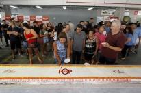 Pop Center comemora uma década com bolo de dez metros