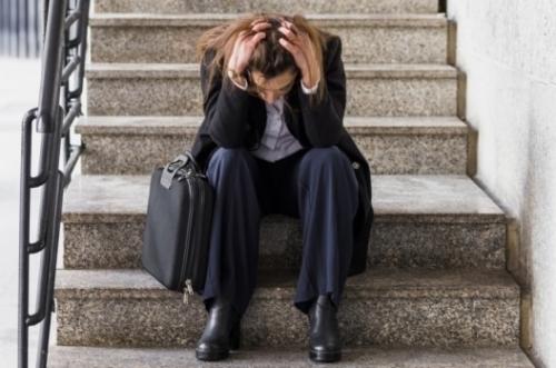 Trabalhadores com qualificação e em idade produtiva caíram no desalento