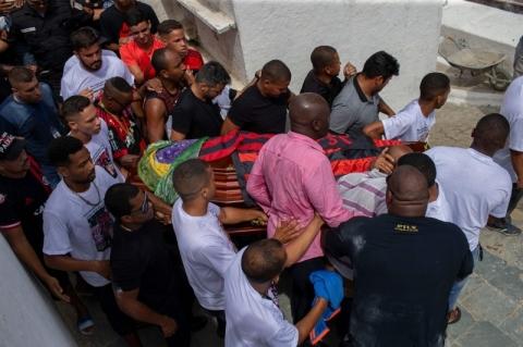 Funcionários do Flamengo depõem em investigação sobre incêndio