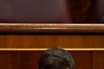 Derrota no Parlamento ameaça governo Sánchez