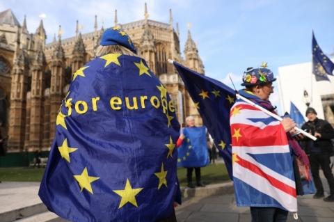 Reino Unido minimiza sugestão de que vá buscar adiamento do Brexit