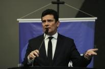 Moro apresenta a Bolsonaro investigação sobre facada