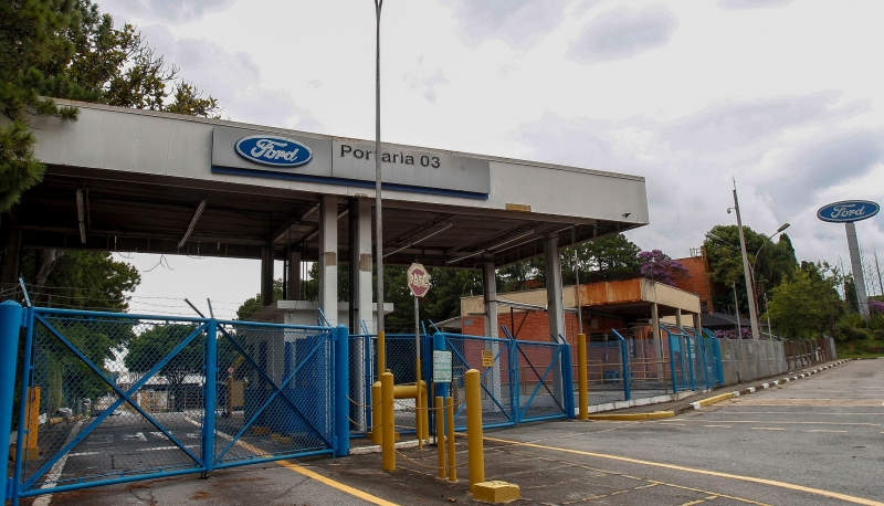 Planta produz o Fiesta e dois tipos de caminhões, e gera 3 mil empregos