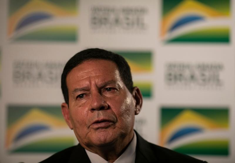 Vice Hamilton Mourão diz que talvez Bolsonaro não tenha se expressado da melhor forma