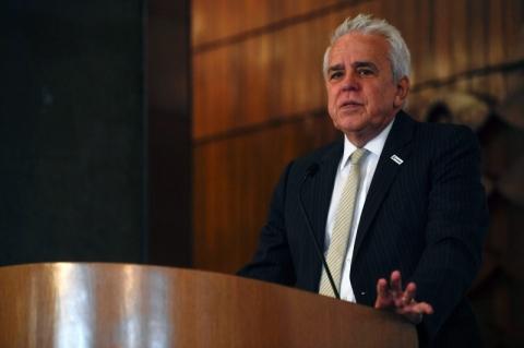 Produção da Petrobras está estagnada, diz Castello Branco