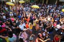 Blocos de Carnaval bloqueiam vias de Porto Alegre neste final de semana