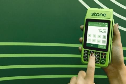 Stone e Globo se unem para oferecer maquininhas a empreendedores e microempresários