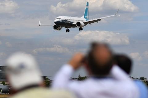 UE também suspende voos com Boeing 737 Max, após acidente da Ethiopian Airlines