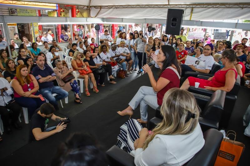 Munícipes receberam ações como exames médicos, atendimentos na área social e palestras informativas