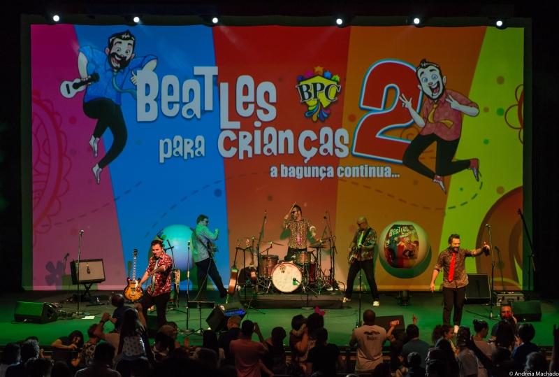 Educadores Fabio Freire e Gabriel Manetti criaram espetáculo Beatles para crianças