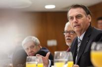 Investigação sobre ministro do Turismo não pode 'sangrar' governo, diz Bolsonaro