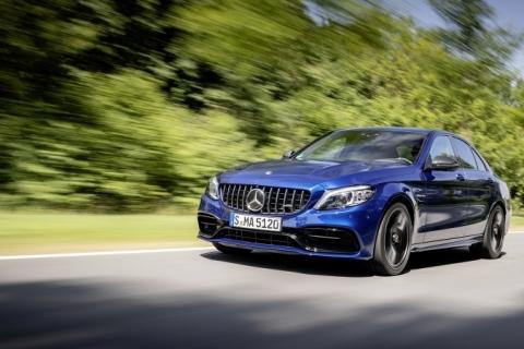 Novos modelos Mercedes-AMG chegam ao Brasil com potentes motores V8