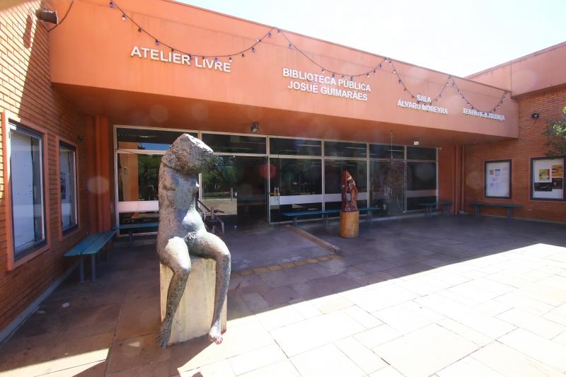 Centro Municipal de Cultura volta a funcionar de forma presencial, com visitações limitadas