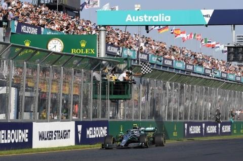 Bottas desbanca Hamilton e vence GP da Austrália, o primeiro do ano