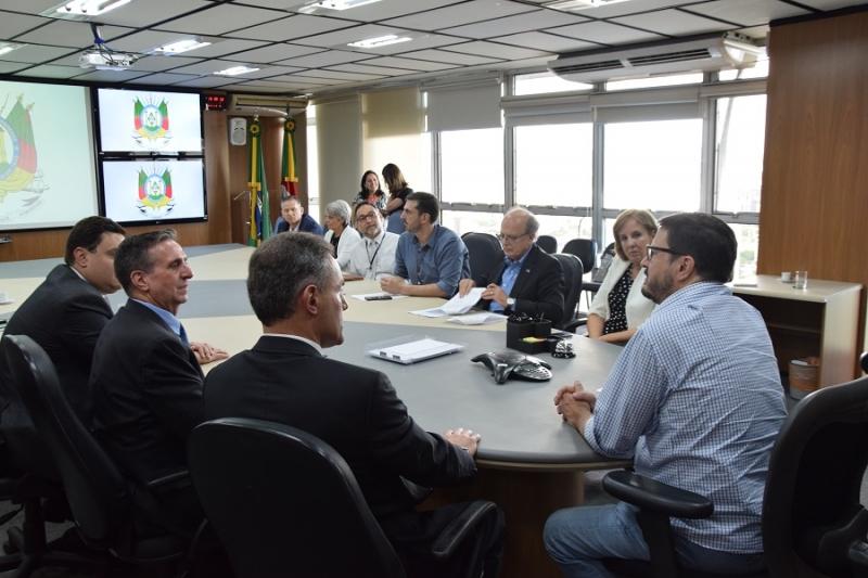 Integrantes do governo gaúcho, ucisRS e Sebrae participaram das reuniões
