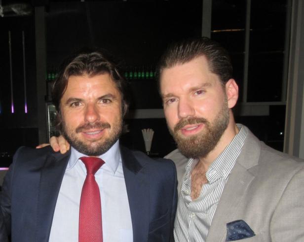 Thiago Lorenzon e Gibran Chedid em noite de charutos, no Sui Rooftop.