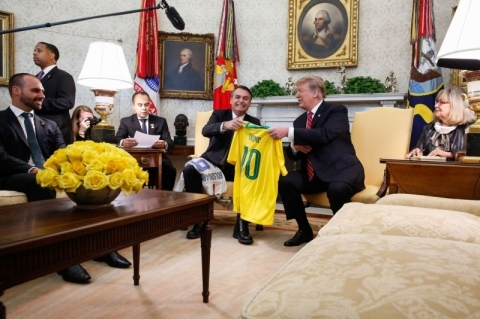 Trump diz que vai apoiar a entrada do Brasil na OCDE