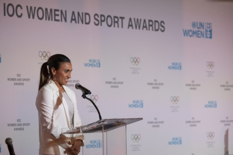 Marta se emociona em discurso e é aplaudida de pé na ONU