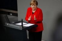 Merkel diz que Berlim está preparada para Brexit abrupto, mas ainda quer acordo