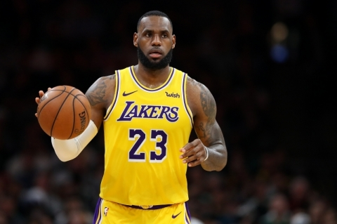 LeBron admite que eliminação antes dos playoffs é frustrante: 'Temporada difícil'