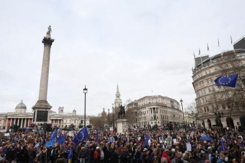 Petição para revogar Brexit atinge marca inédita de 5 milhões de assinaturas