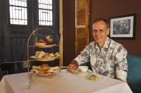 Casa de chás inspirada nos hábitos da Rainha Elizabeth abre em Porto Alegre