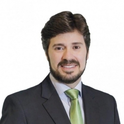 Márcio Fernandes, Escritor, consultor e criador da Filosofia de Gestão