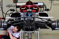 Médico da FIA garante retorno da Fórmula 1 mesmo com casos de Covid-19
