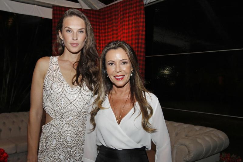 Vanessa de Assis e Simone Moretto na abertura da temporada social do clube de golfe