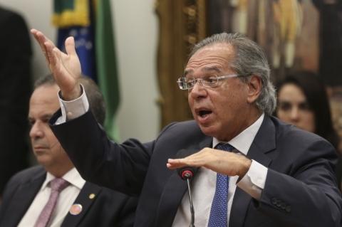 Centrão: desarticulação fez Guedes ter atuação 'dentro do esperado' na CCJ