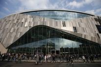 Tottenham anuncia lucro de R$ 572 milhões, valor recorde para um time de futebol