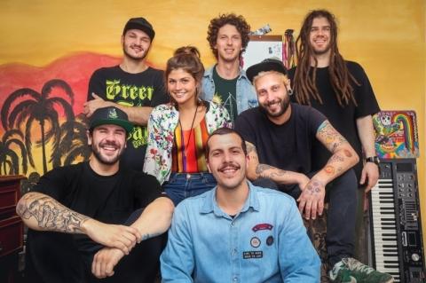 Banda Beats N'Bongs se apresenta no Royal Pub DaDo Bier nesta terça-feira