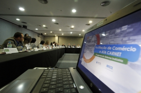 CNI quer ampliar comércio na América Latina